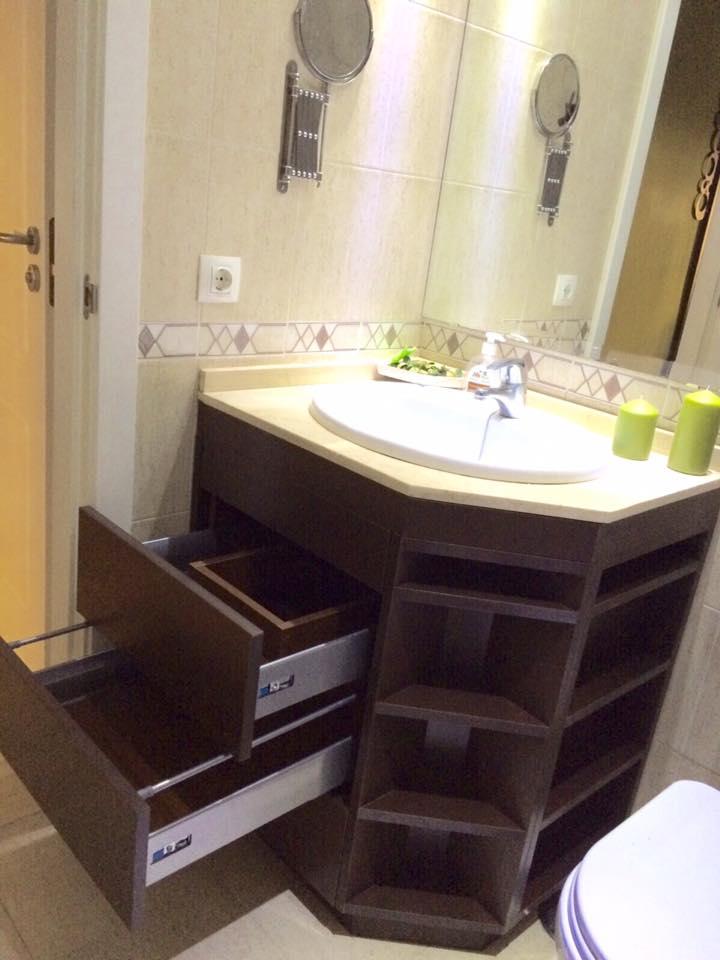 Ba o marr n fabrica de mobiliario de cocina - Tiradores muebles bano ...